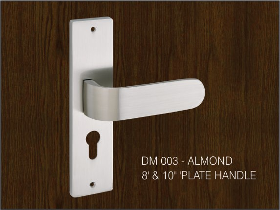 Almond by Decor Brass Pull Plate